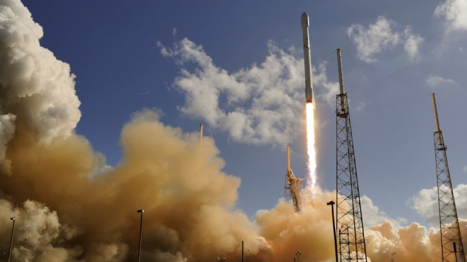 Explosion destroys SpaceX rocket, satellite