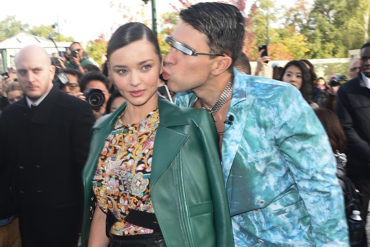 Sediuk bothering Miranda Kerr in 2015. Photo: Getty