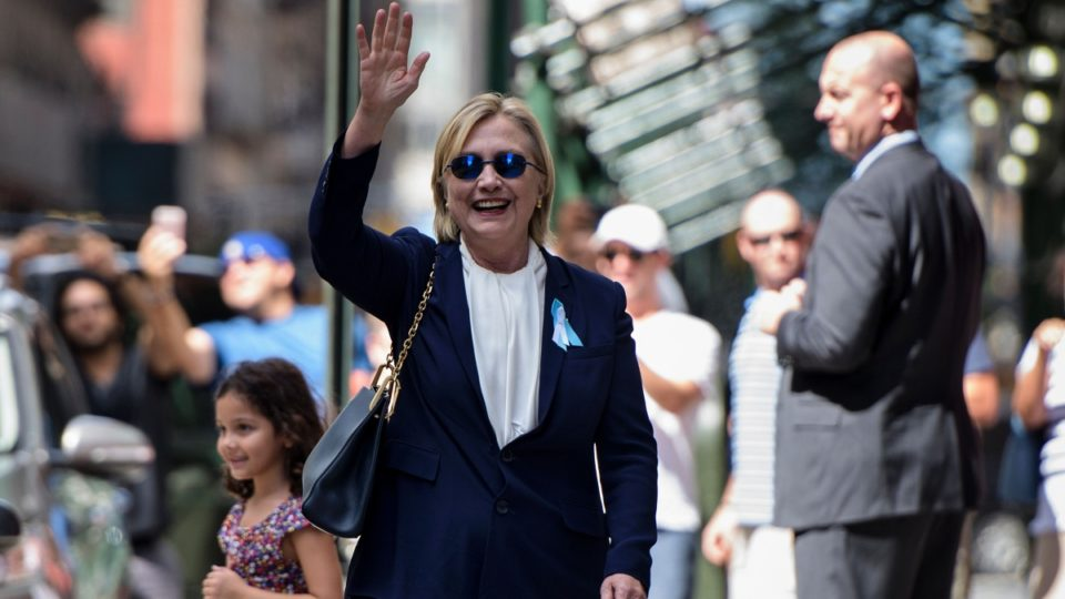 Hillary Clinton's doctor: Democrat is 'fit to serve'