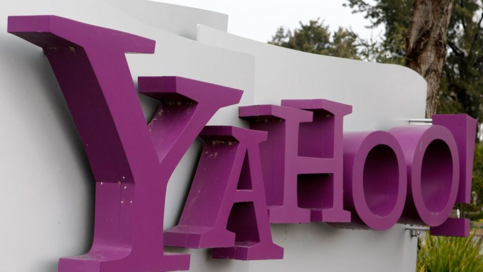 Yahoo says hackers stole info in 500 million user accounts