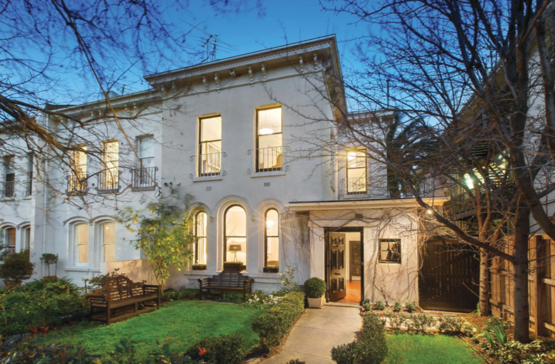 This Robe Street house sold for more than $2.7 million.