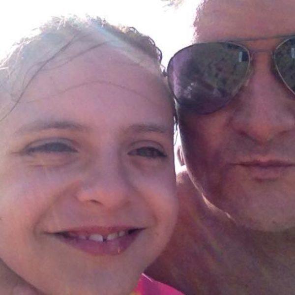 Fernando Manrique with his daughter Elisa.