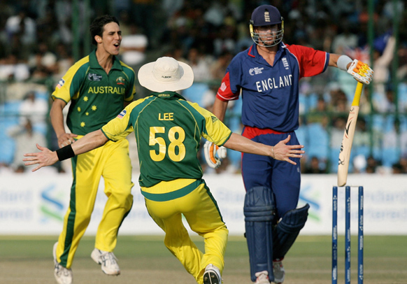 mitchell johnson kevin pietersen