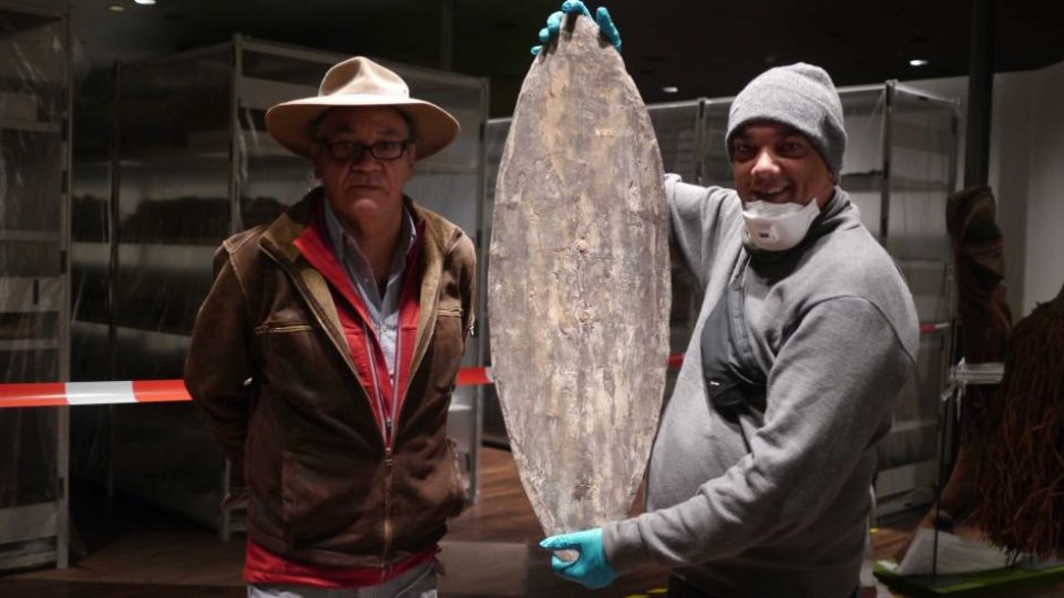 Aboriginal shield and boomerang uncovered in Berlin