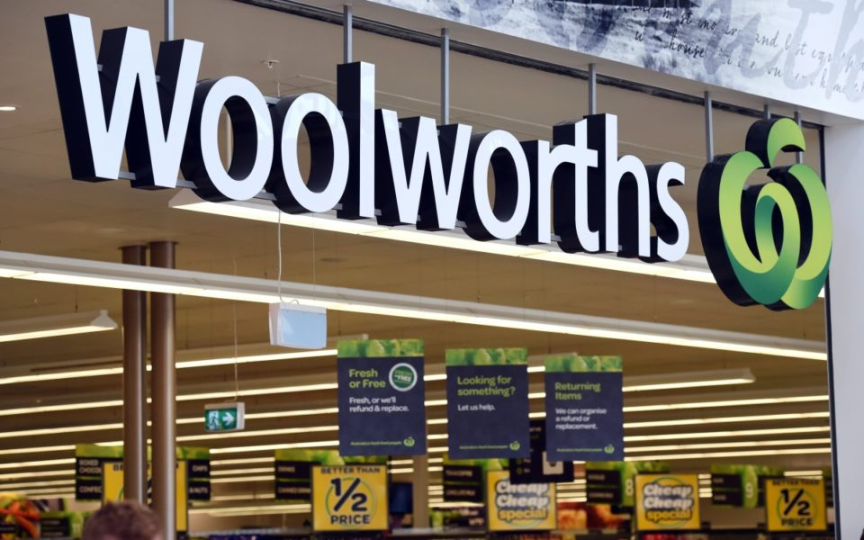 introduction of woolworths A short history of fw woolworth, the original five-and-ten retailer which had 5,000 stores in north america, the uk and ireland and still trades in germany.