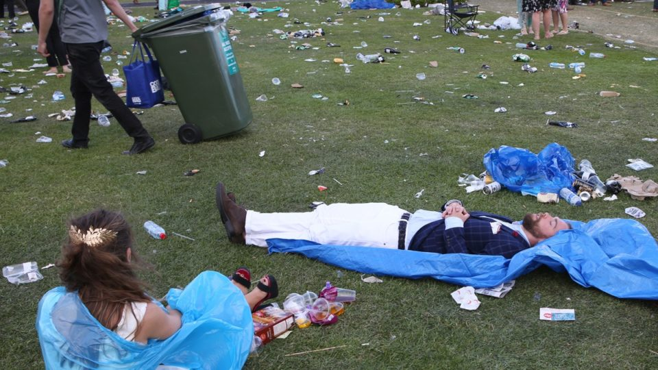 melbourne cup day drunks