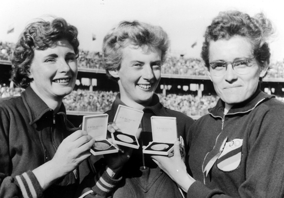 betty cuthbert melbourne olympics