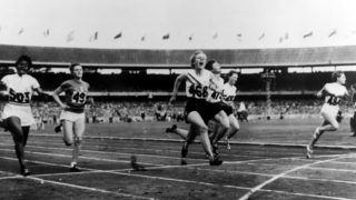 betty cuthbert melbourne olympics 1956