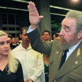 Maroney with Fidel Castro after her Jamaica-Cuba swim in 1999.