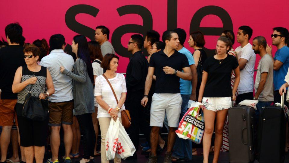 retailers post christmas sales