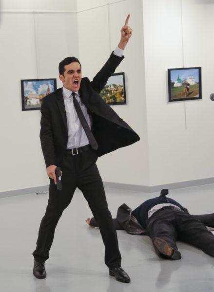 photographer-recounts-ambassador-murder