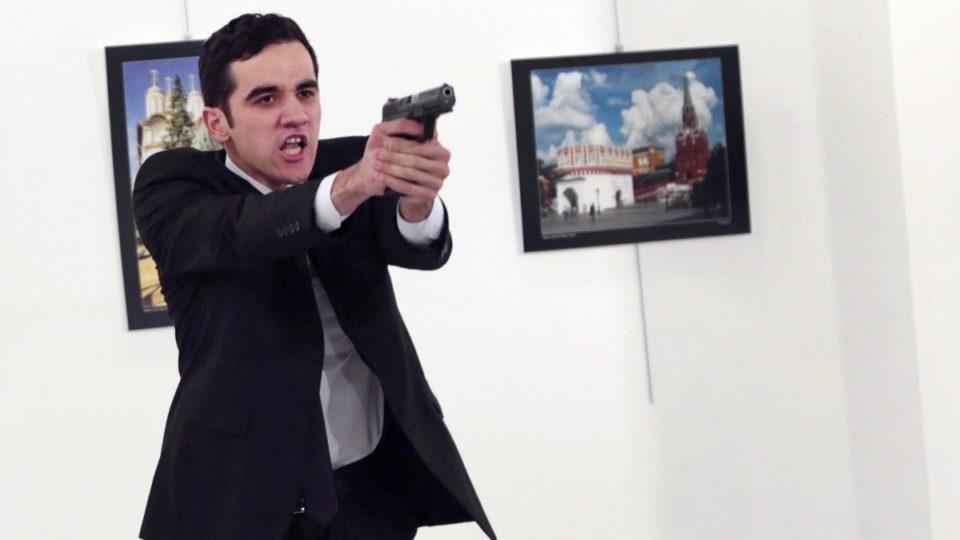photographer recounts ambassador murder