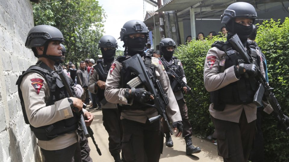Indonesia travel warning