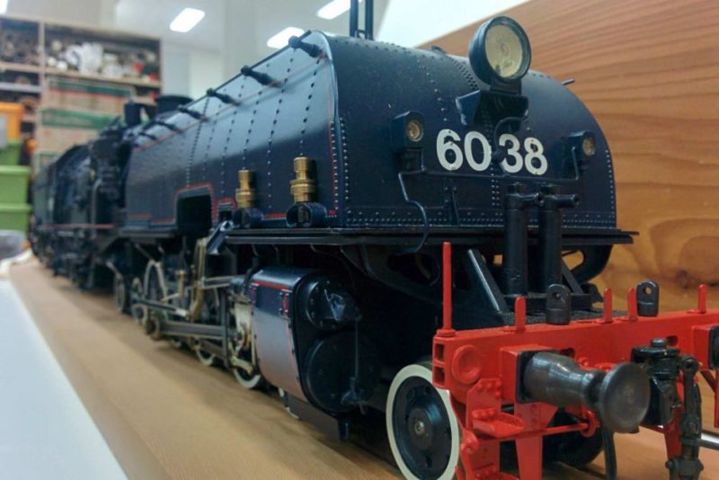 AD60 Beyer-Garratt steam locomotive train