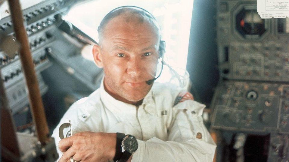 Buzz Aldrin evacuated from Antarctica