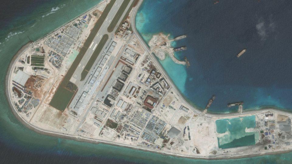 Subi Reef, China expansion