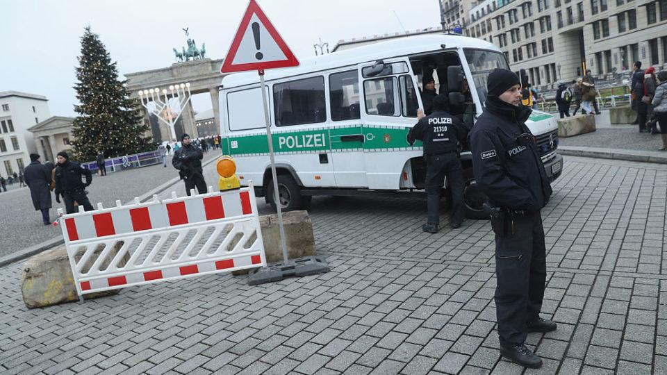 German police arrest second Tunisian man over truck attack