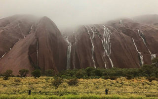 Uluru flash flooding