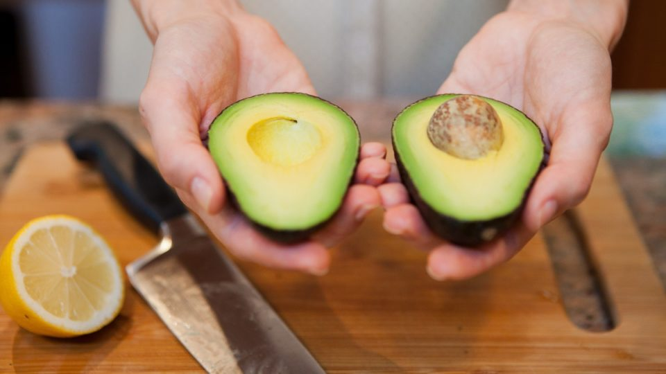 how to eat fresh avocado