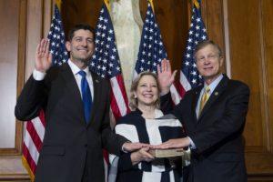 Republican Brian Babin (r) is sworn in alongside House Speaker Paul Ryan. Photo: AP