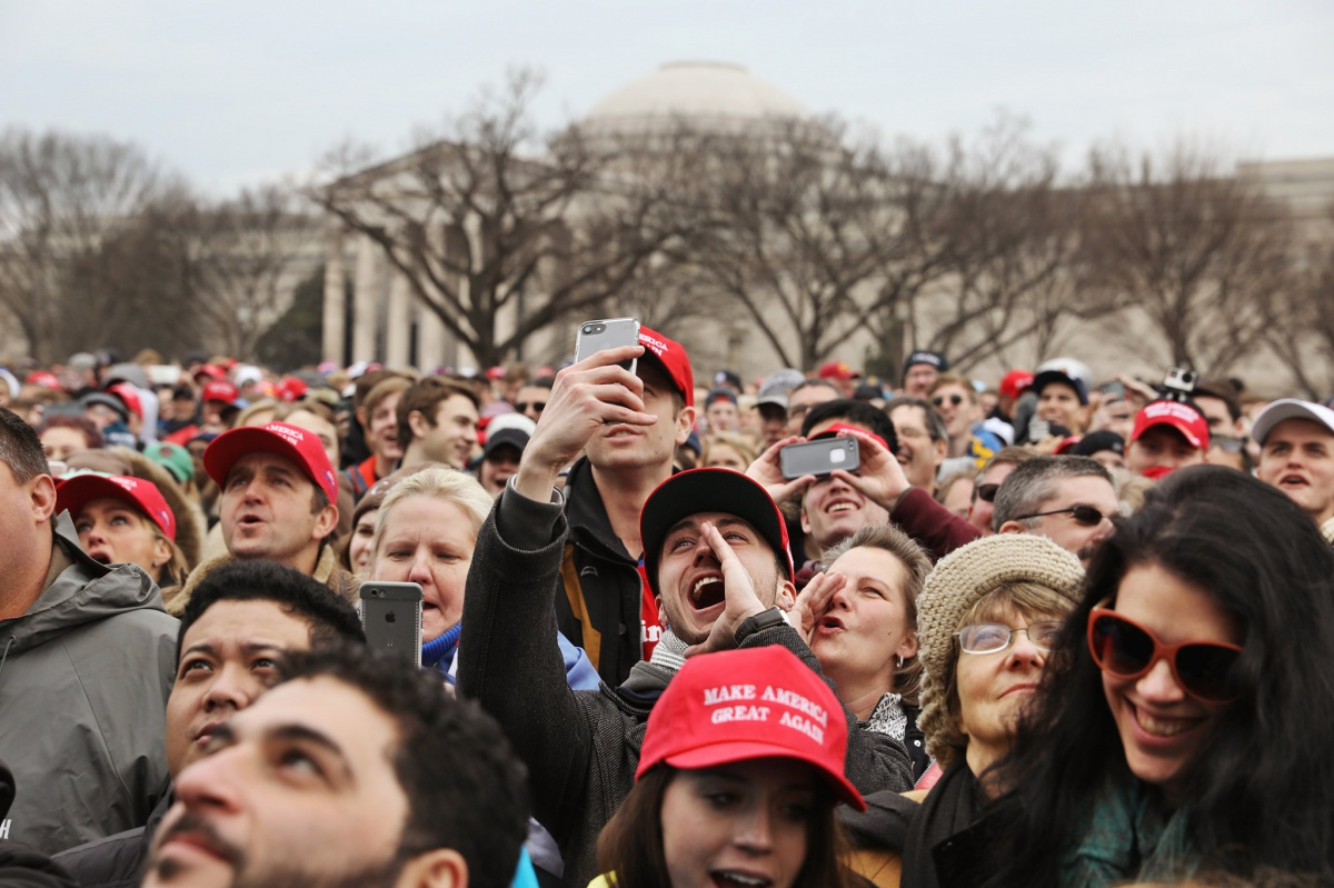 Supporters on the National Mall cheered President Donald J. Trump. Photo: Todd Heisler/The New York Times