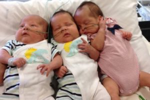 triplets Dimotakis