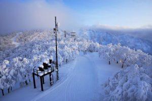 Mt Kenashi Nozawa Onsen ski resort
