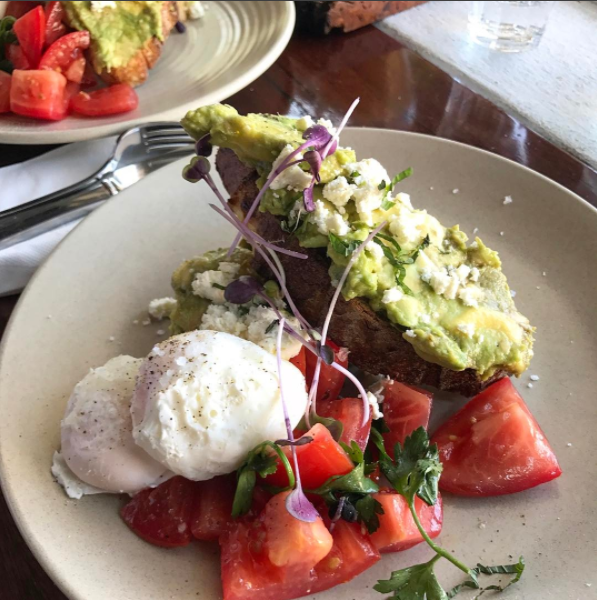 Smashed avocado and other meals of its ilk have killed off three-course meal options. Photo: Instagram/sydneybrunchcrawler