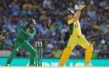 Steve Smith drives against Pakistan
