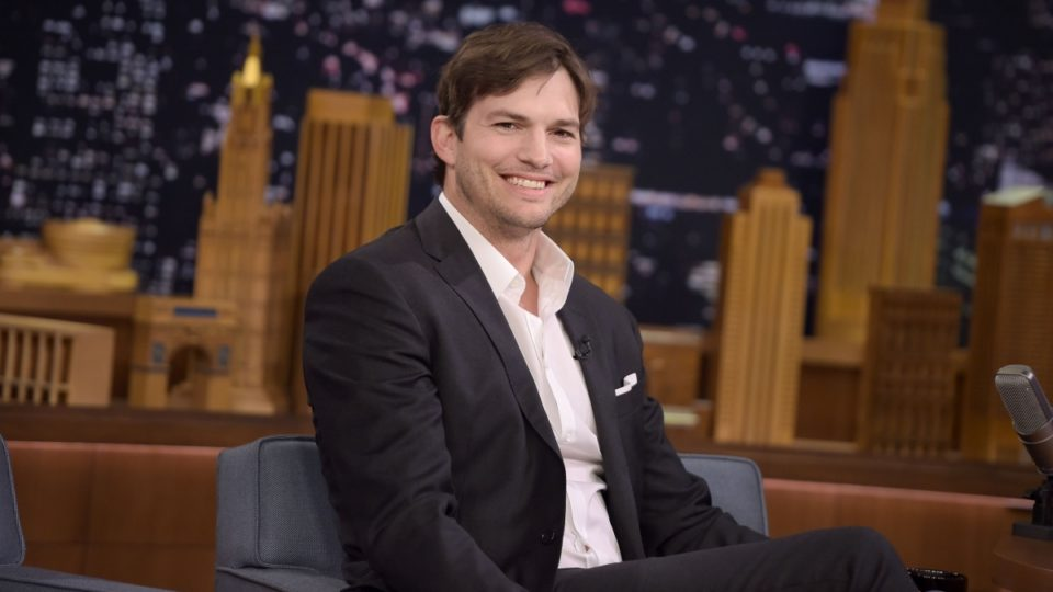 Ashton kutcher sex pictures