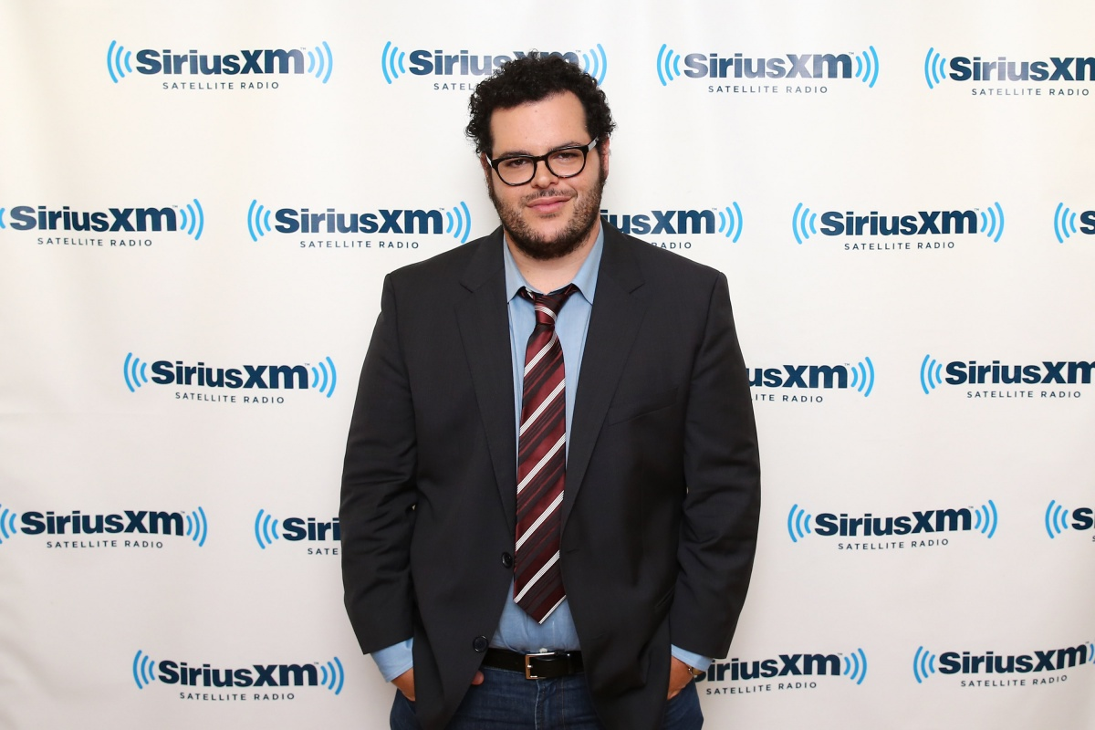 Josh Gad, who voices the dog in the film, has expressed his concern over the clip. Photo: Getty