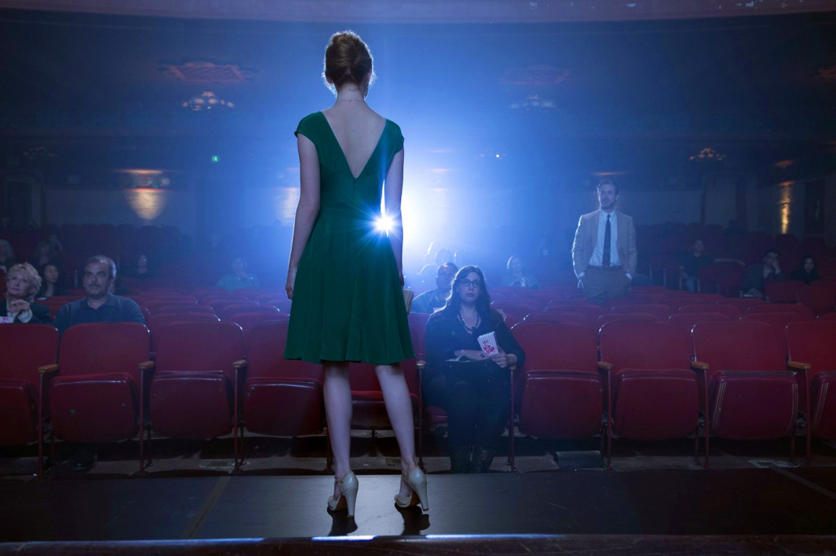 La La Land is two hours of pure escapism - exactly what we need in such turbulent times.