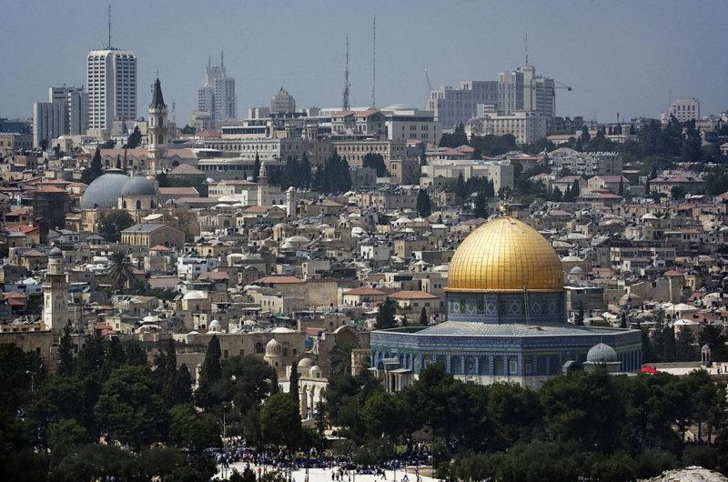 Tony Abbott's suggest moving embassy to Jerusalem