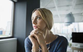 woman hates her job