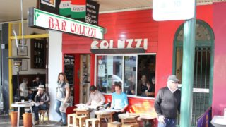 A Sydney cafe is accused of short-changing an Italian