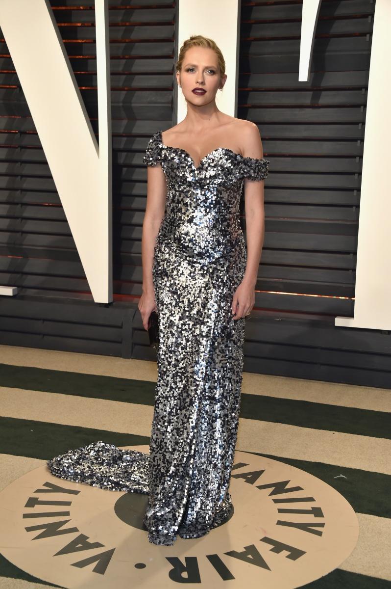 Australian actress Teresa Palmer glittered in an off-the-shoulder gown.