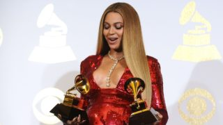 Beyonce and other modern mums have plenty of maternity style options.