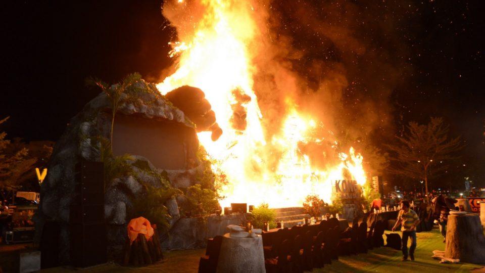King Kong Vietnam fire