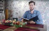 amazon kindle man reads