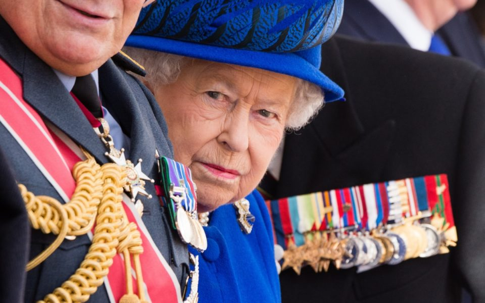 the queen 39 s annual message to commonwealth urges 39 peace building 39. Black Bedroom Furniture Sets. Home Design Ideas