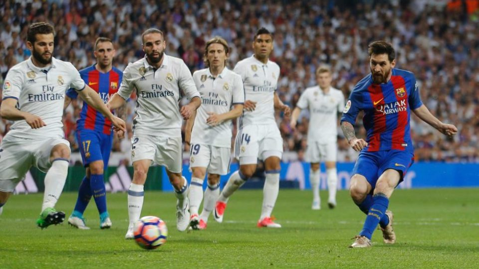 Lionel Messi smashes another El Clasico record
