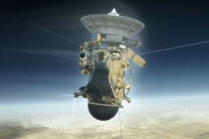 Cassini hovers near Saturn