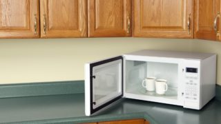Could microwaving tea be 'healthy'?