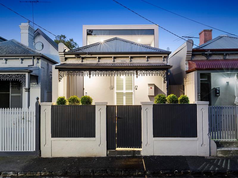 Victorian brick home at 7 King Street, St Kilda East.
