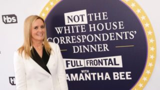 Funny lady Samantha Bee is all smiles at one of the two Washington pres corps events that did without the dubious pleasure of Donald Trump's attendance.