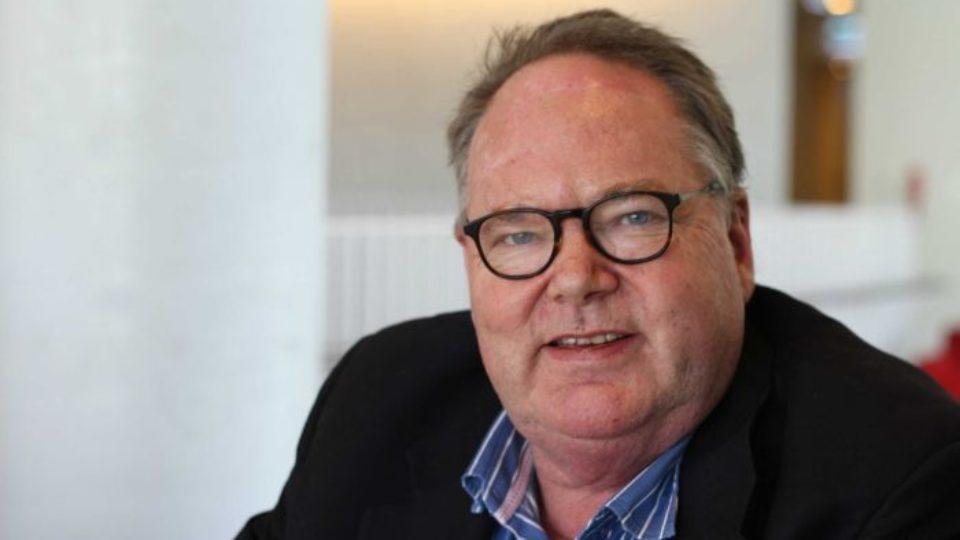 Mark Colvin: Legendary ABC newsman has died