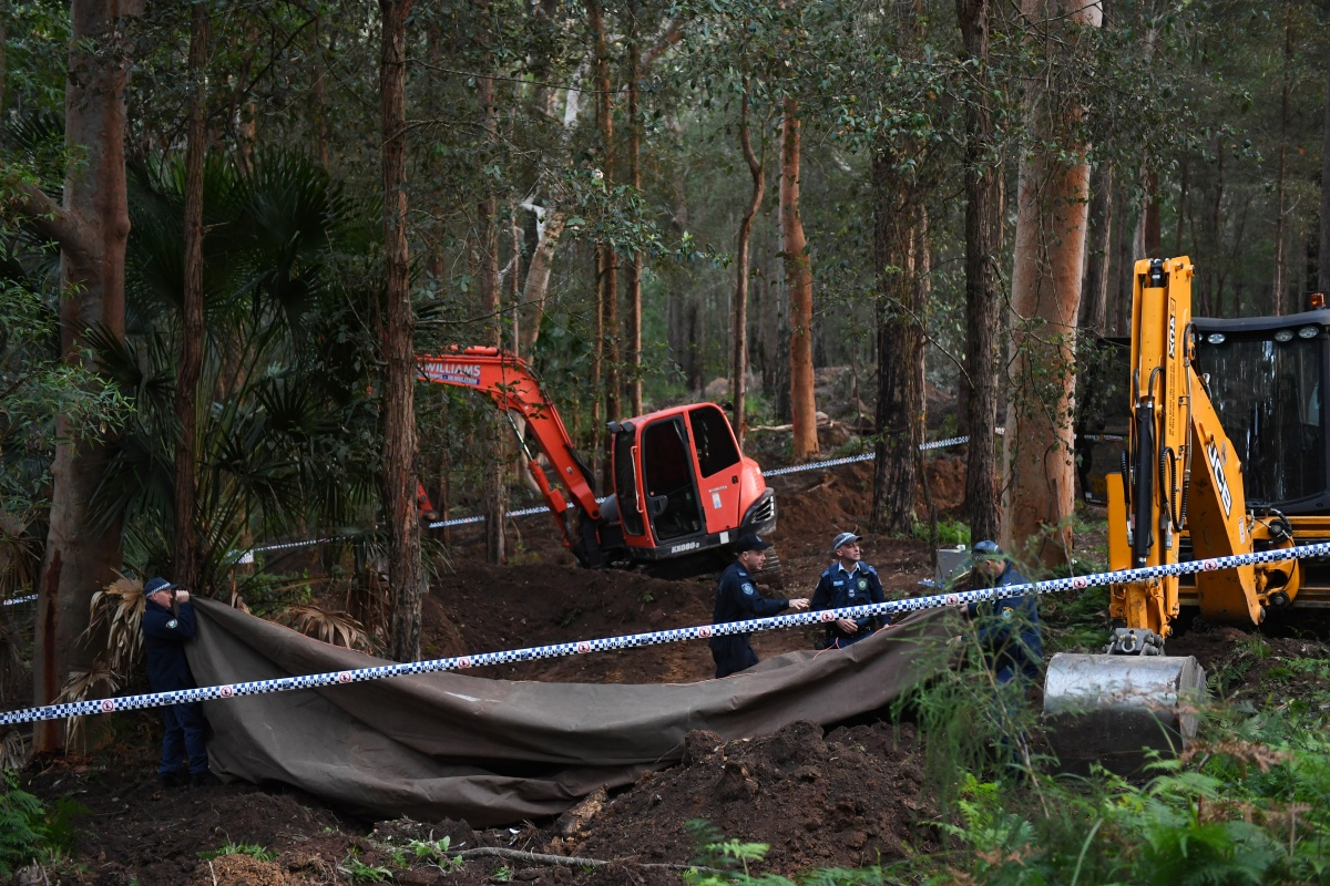 Remains, believed to be Matthew Leveson, found in the Sydney Royal National Park