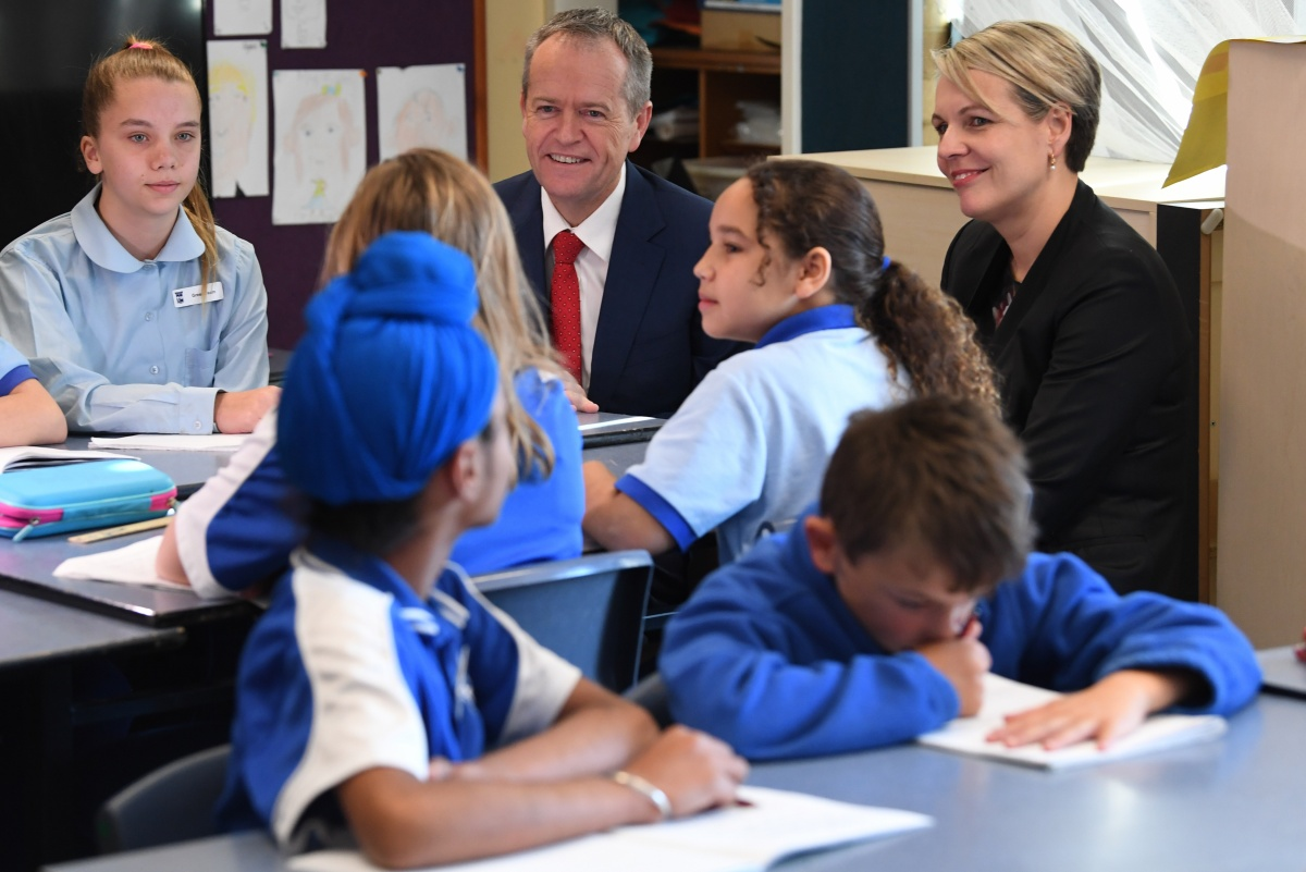 Bill Shorten visiting St Thomas the Apostle Primary School in Canberra on Wednesday
