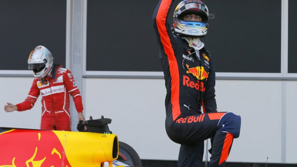 Daniel Ricciardo takes first place at Azerbaijan Grand Prix