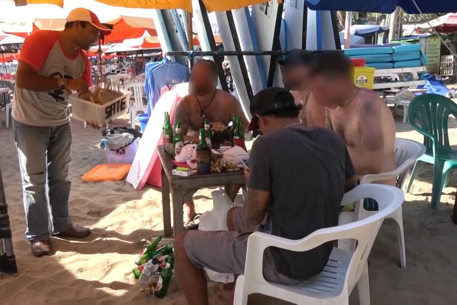 Unsuspecting tourists are sold dog meat in Bali